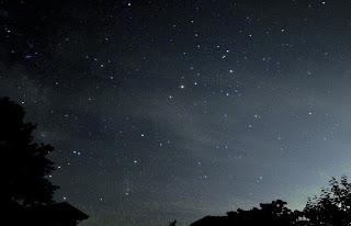 -scenery-家族で夏の夜空を眺めてみませんか。