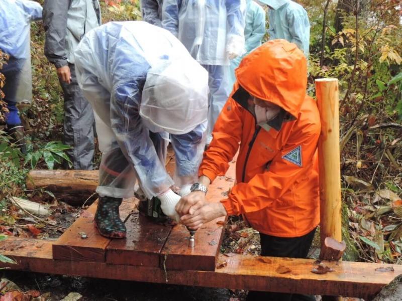 山ノ内町東小学校, 志賀高原, ユネスコエコパーク-kids-東小が蓮池の遊歩道整備