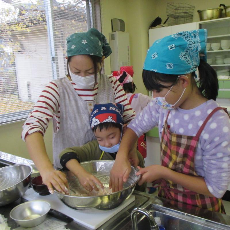 山ノ内町いきいきふれんど-kids-かんたんお菓子作りにチャレンジ