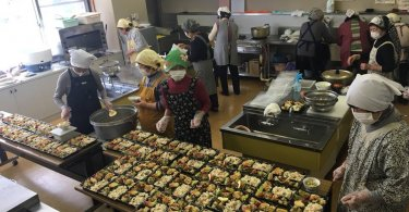 社会福祉協議会-living-つばさの会で料理体験や配食サービスの活動