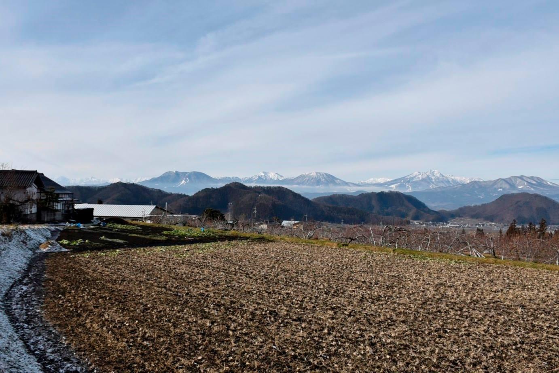 山ノ内町山の様子-yamanouchi-佐野からみる北信五岳